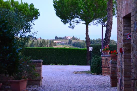 Il Casale del Cotone : View from the parking place