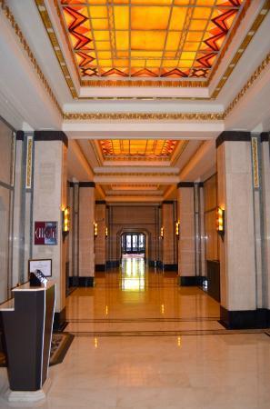 Fairmont Peace Hotel: Lobby area