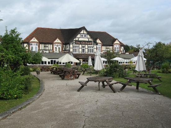 Premier Inn London Ruislip Hotel: The Orchard - Beefeater