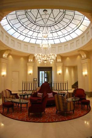 Hotel Chateau Frontenac: Reception area 2