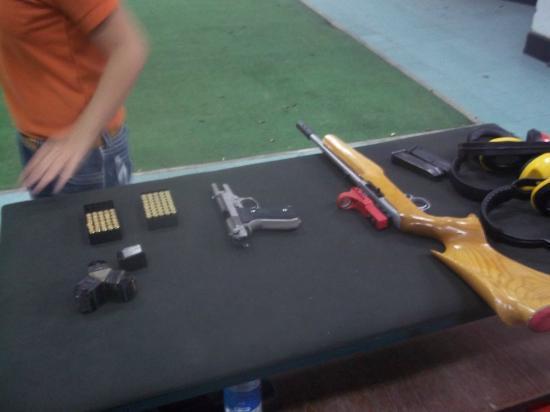 Bangkok Shooting Range: Guns
