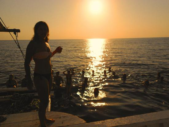 South Sea Nomads: sunset swim