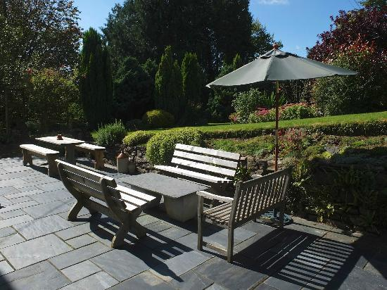 Three Acres Country House: Three Acres sun terrace and peaceful grounds