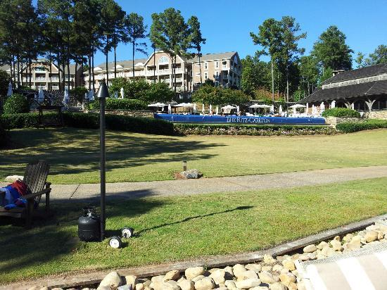 The Ritz-Carlton Reynolds, Lake Oconee: Looking from the Beach to the Resort