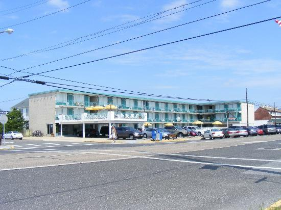 Tradewinds Motor Lodge: Tradewinds Hotel