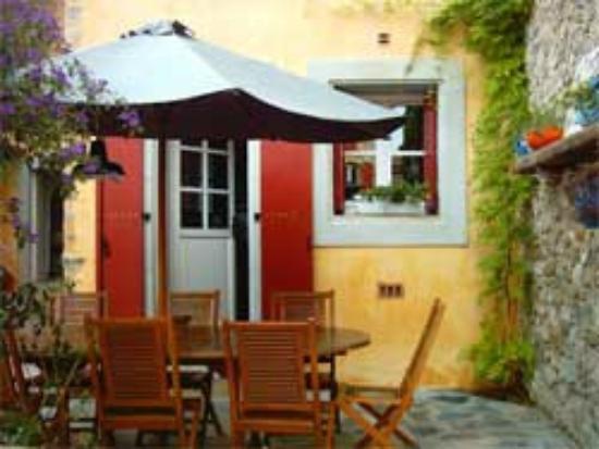 Le Village: terrasse