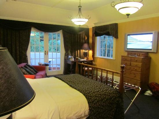 Fletcher Lodge: room