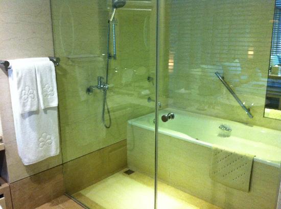 Hotel Royal-Nikko Taipei: bathroom
