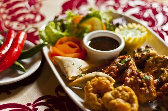 Maharaja Margaret River Restaurant: The Maharaja Platter entree