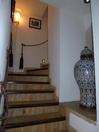 Riad Idra: steps