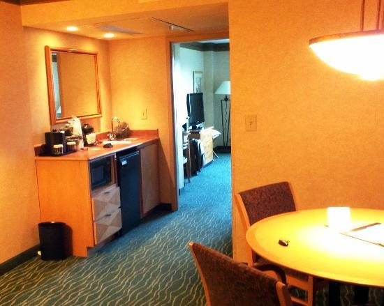 Embassy Suites by Hilton Raleigh - Durham/Research Triangle : Suite