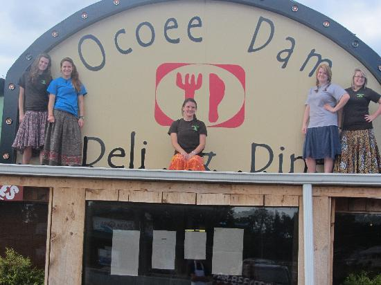 Ocoee Dam Deli and Diner: Come on in were waiting on you =) Open all year round!