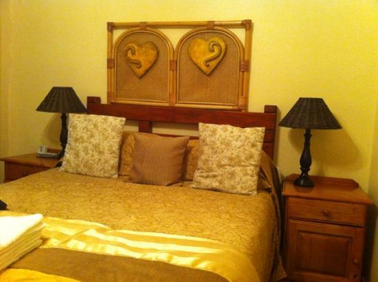 Thatchers Guest House: Cosy rooms