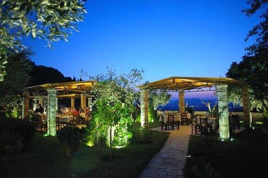 Taverna The Garden : Taverna Garden