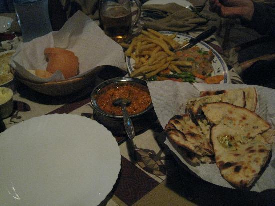 Le Jacaranda Hotel: 夕食