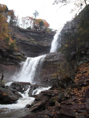 Kaaterskill Falls: It rained 2 days ago, lucky us