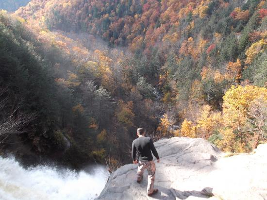 Kaaterskill Falls: Looking over from the top
