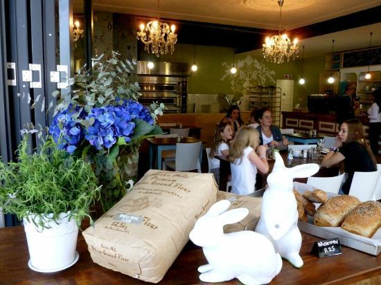 Vovo Telo: Different view of bread table with flour