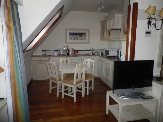 Real Residencia - Apartamentos Turisticos: Espace cuisine