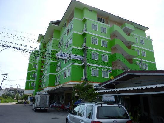 Green Beach Pattaya: Außenansicht Gebäude
