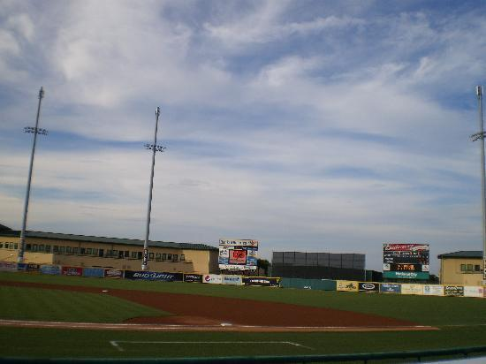Roger Dean Stadium: Before the game