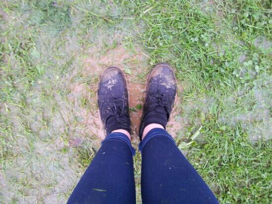 Trevella Holiday Park: feet sinkin in mud