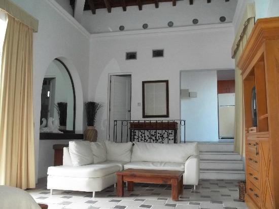 Mía Cancún: Main living area in 407
