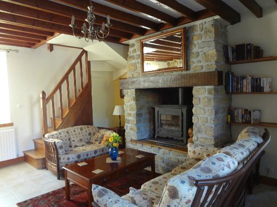 La Thiaumerie : cozy common room