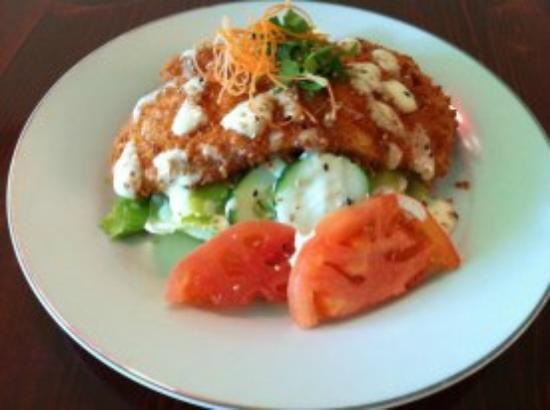 Thai Fuku: fried chicken salad