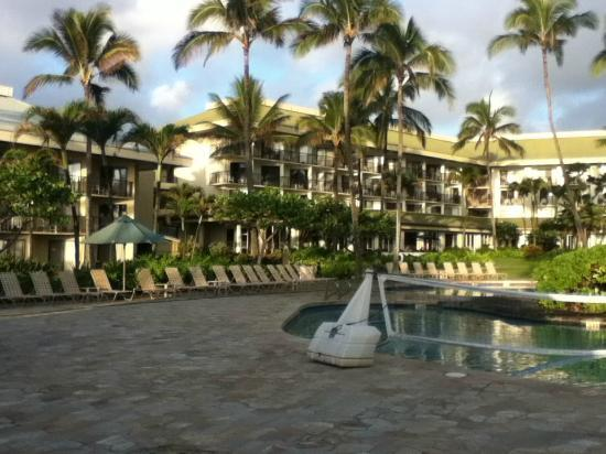 Kauai beach resort pool with ocean view picture of for Best boutique hotels kauai