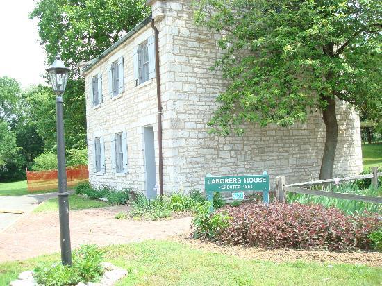 Jefferson Barracks Historic Park : Historic building