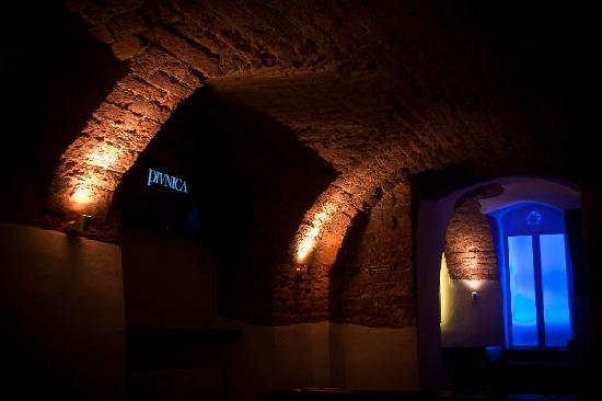 PIVNICA - Pub Club Pizzeria