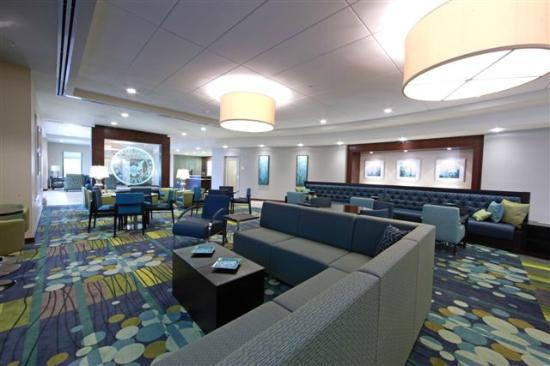 Navy Lodge Gulfport: View of Lobby