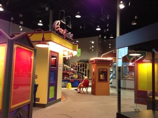 Muncie Children's Museum: Main area.