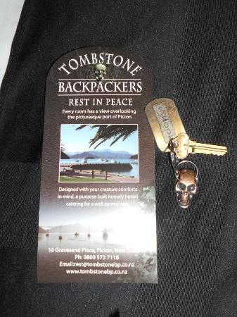 Tombstone Backpackers: Fun keychain