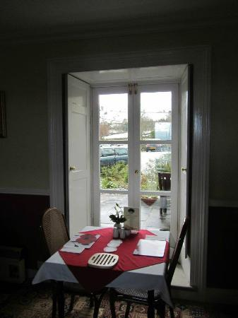 The Old Vicarage: Breakfast with a view