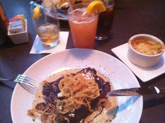 Sea Star Cafe & Bar : NY Strip Dinner topped with Blue cheese & Onion straws