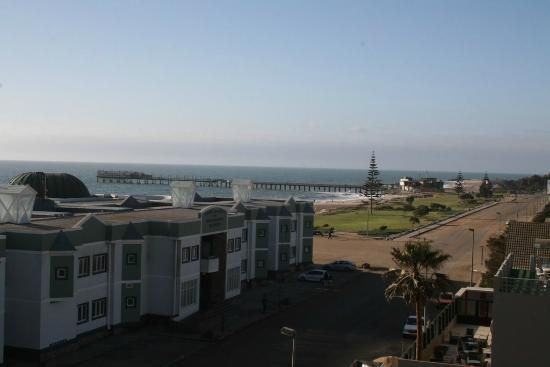 Beach Hotel Swakopmund: View across towards the Jetty