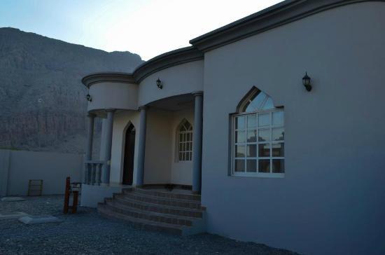 Al Taif Tours Accommodation: The Viila