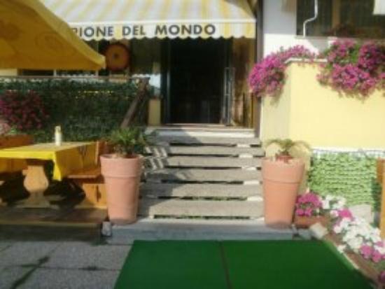 Eraclea, Italien: Entrata