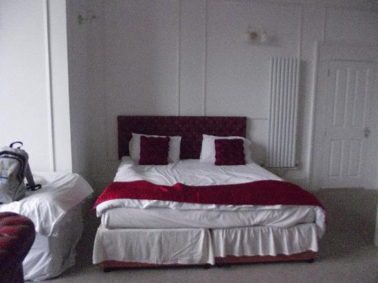 The Ansteys Lea Hotel: double bed