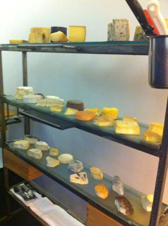 Mraz & Sohn: carrello formaggi