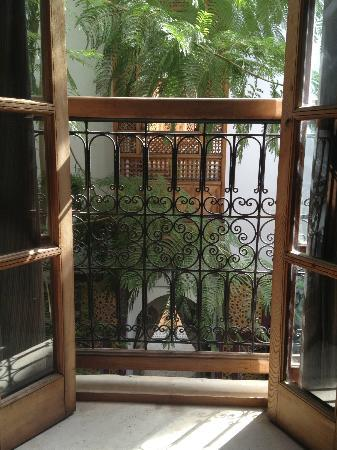 Riad Les Trois Cours: bedroom balcony