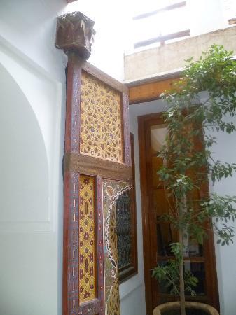Riad Trois Cours: reception/entrance area
