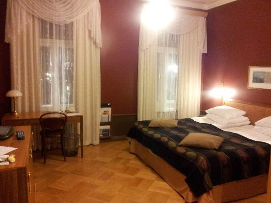 Solo Sokos Hotel Aleksanteri: very comfy beds, all rooms clean and quit.