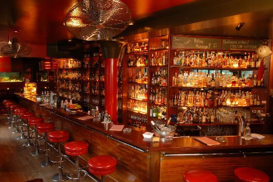 Christiansen's Fine Drinks & Cocktails : Ansicht der Bar