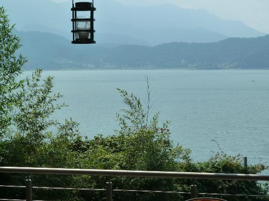 Restaurante Valle Di Garda: Vista del Lago desde la terraza del Restaurante.