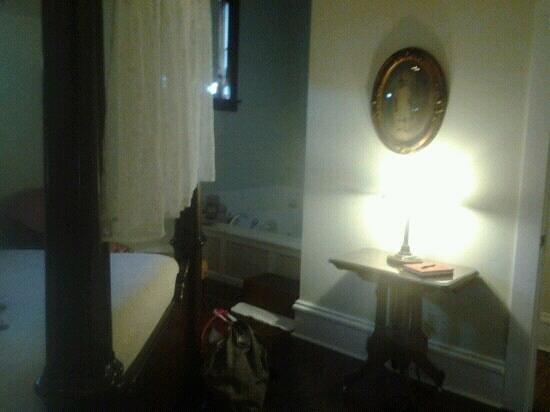 Nostalgic Place Bed & Breakfast Inn: Bedroom