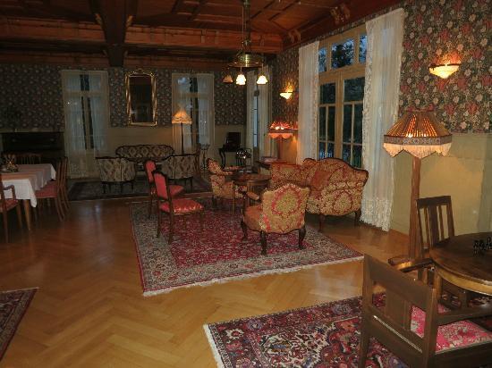 Rosenlaui Hotel: nostalgischer Saloon