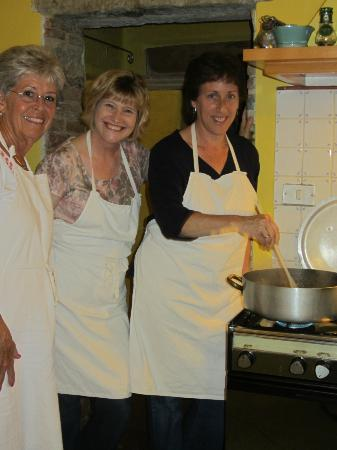 Tasty Tuscany Food Immersion Cooking Vacations: Donna, Wendy and Stephanie making Risotto